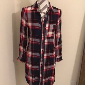 Entro plaid tunic button up size Small